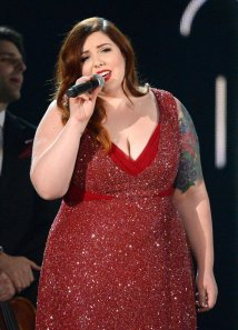 Mary-Lambert-joined-Macklemore-amp-Ryan-Lewis-perform-Same-Love