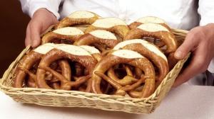 gty_basket_pretzels_thg_130424_wmain