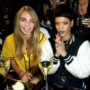 Cara_Delevingne_Rihanna_Party