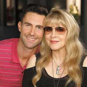 rs_600x600-140709083504-600.Adam-Levine-Stevie-Nicks.jl_.070914-480x480