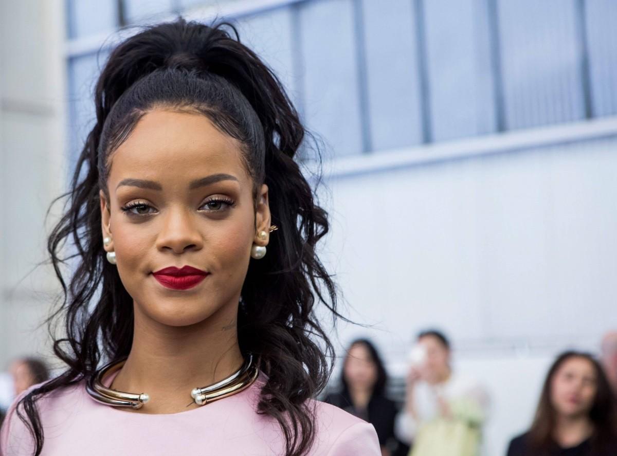 Rihanna | Listen and Stream Free Music, Albums, New ...