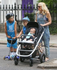 Gwen Stefani And Family Enjoy A Day At Regent's Park