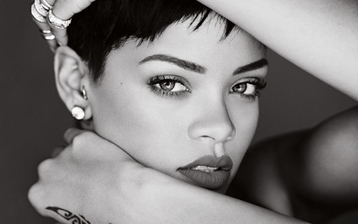 Rihanna-2014