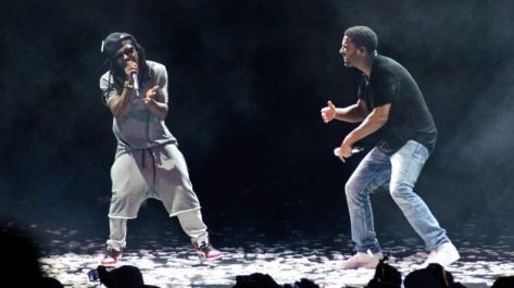 082714-celebs-best-summer-concerts-lil-wayne-drake-vs-performs