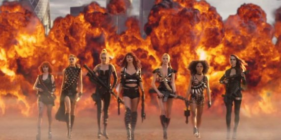 taylor-swift-bad-blood-music-video-2